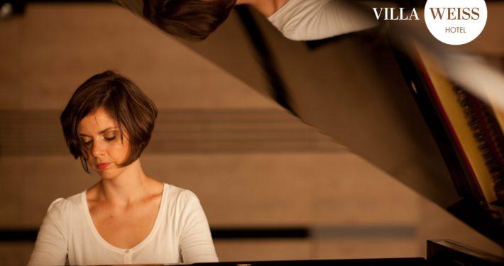 Entfaltung des Moments, Klavierkonzert mit Nora Füzi und Überraschungsgast in der VILLA WEISS
