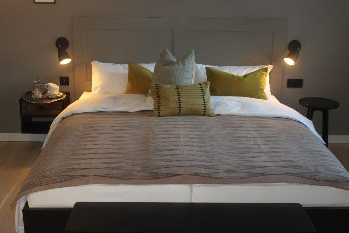 Doppelzimmer im Seitenflügel der VILLA WEISS, Hotel mit Musik in Helmbrechts