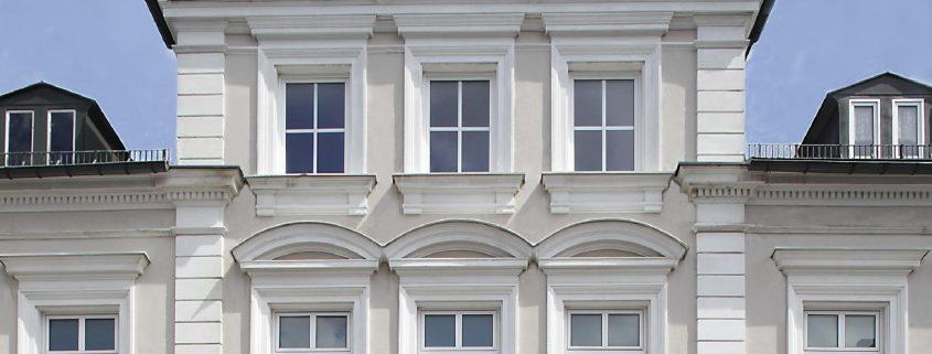 Frontansicht VILLA WEISS, Hotel mit Musik